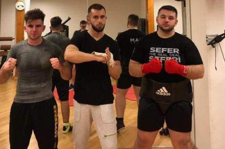 Tre shqipet që i nokautuan kundërshtarët e tyre në raundin e 1
