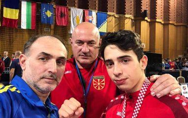 Abdurahim Idrizi fiton edhe arrin e tretë Ballkanik
