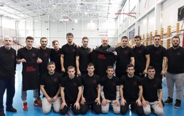 10-të kampion shqiptarë në Maqedoni