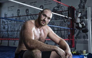 Tyson Fury rikthehet në palestër