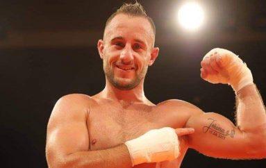 Sorra sfidon titullin e parë në boks profesionist