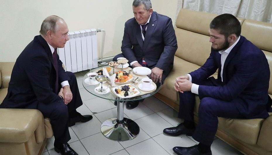 Khabib rrëfen: Kur më mori Putin në telefon isha i rrethuar nga policia!