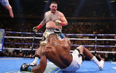 Ruiz thumbon Joshua: Vjen vërdallë por s'di të boksojë