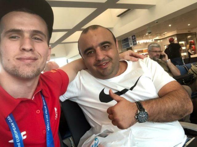 Lama krenar  Emrin e kampionit  Faton Salihu e has në çdo aeroport të botës