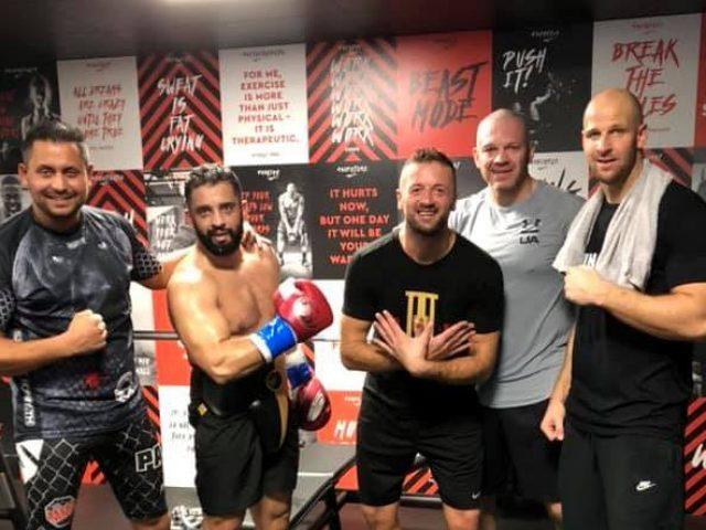 Edi Kadrija shënon fitoren e 13 në boksin profesionist