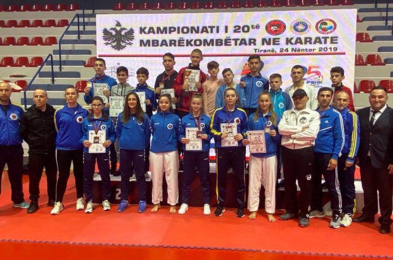 11 medalje për UKSH në Turneun Mbarëkombëtar në Karate
