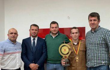"""ARSMV Mirëpriti Fituesin E """"Gongut Të Artë"""", Jasin Lama"""