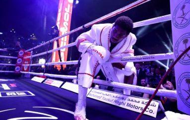 Joshua flet hapur për luftën me ankthin dhe presionin gjatë hyrjes në ring