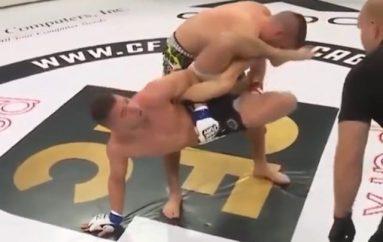 Edhe pse e kishte dorën e thyer, boksieri në MMA refuzoi të dorëzohet