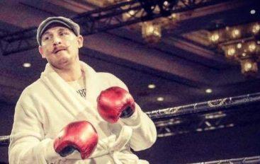 Jeta e boksierit shtegtar: 134 meçe, 123 humbje dhe disa birra