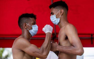 Sporti në kushtet e Covid-19, boksierët në ring me maska