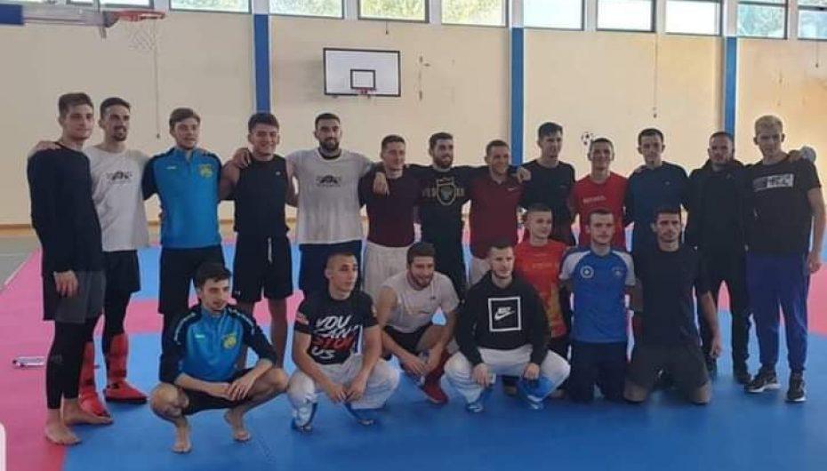 Kampioni në mesin e kampionëve, në kampin stërvitor në Mal të Zi