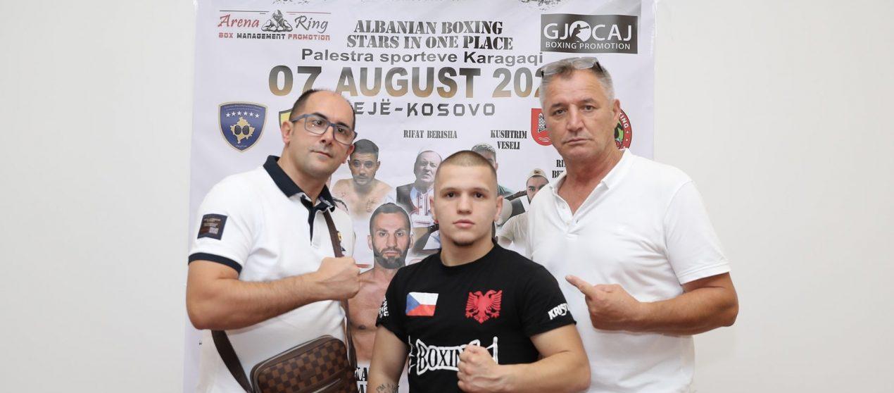 """Super ndeshje për titull """"WBC Youth"""" mes Edmond Zefi dhe Nabil Messaoudi"""